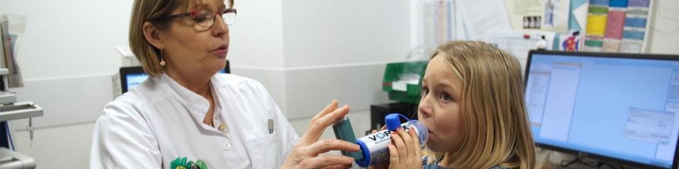 asthme, traitement, enfant, apprendre, éducation  thérapeutique, respirer, sifflement, Toux, étouffement, symptômes, adapter, obstruction, maladie, chronique, bronches, vivre avec, pédiatrie, pneumologie pédiatrique